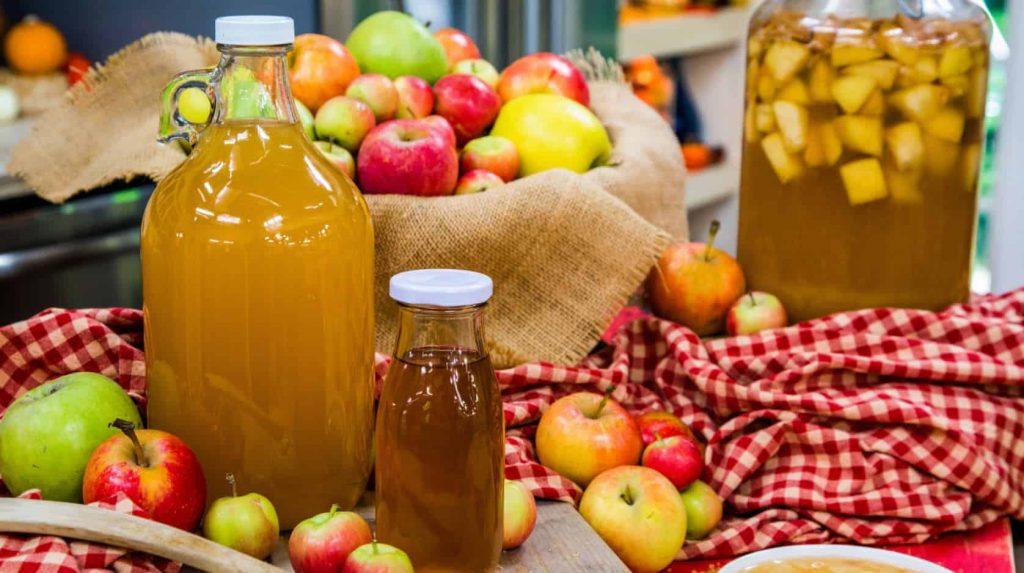 How Is Apple Cider Vinegar Made?